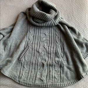 Size S - Sweater Shawl